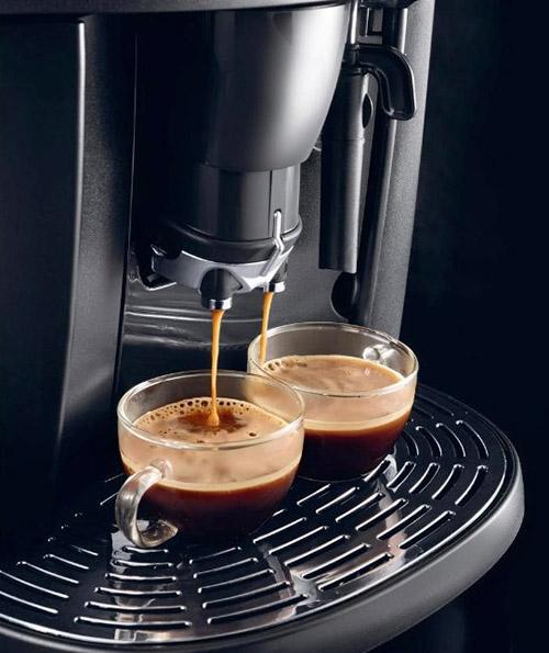 Кофемашина Delonghi Esam 4000b