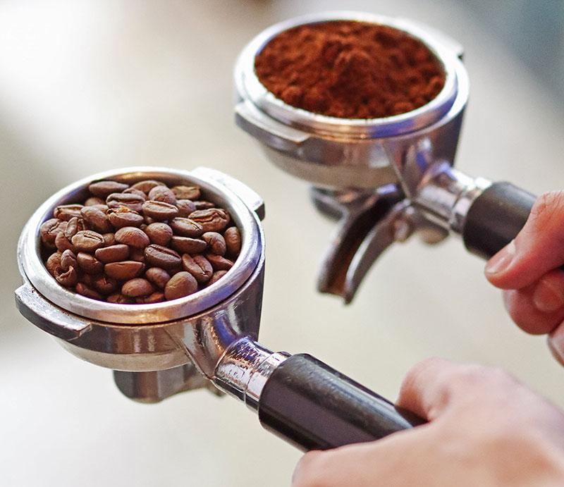 Как сварить эспрессо в кофемашине?