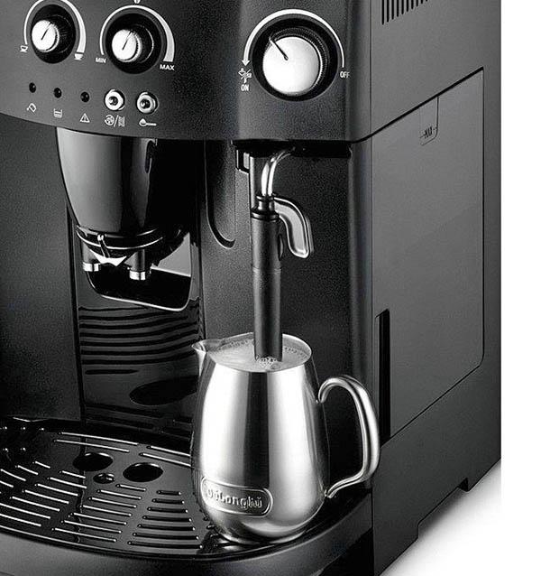 Капучинатор в кофемашине Delonghi Esam 4000