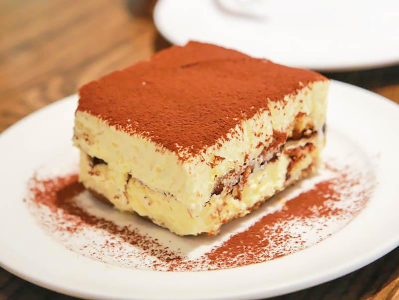 Тирамису и другие десерты с кофе